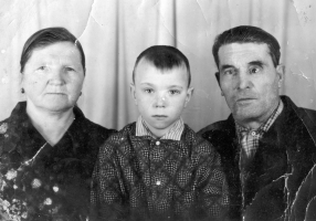 Павел  Пахомычев с сыном Витей